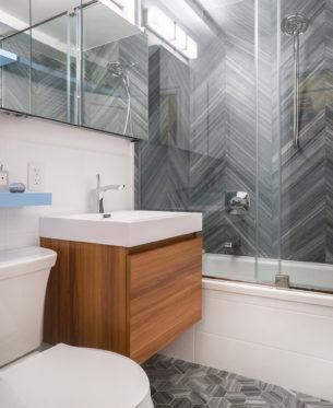 Aha nteriors corp for Bath remodel lafayette la